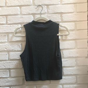 Gray cropped turtleneck